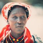 himba women opuwo, faces of namibia