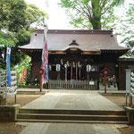 神社拝殿の正面