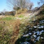 倉跡郭と奥の山郭の境