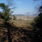 南奥虎口から印旛沼方向を望む