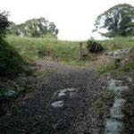 城山への入り口「左折れ坂虎口」