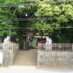 宮小路の麻賀多神社正面