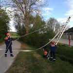Jugendübung Schlauchbrücke