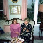 Avec Mme Kosmowski, veuve du peintre.