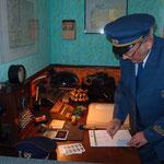 Vereinsmitglied und ehemaliger Postbeamter Manfred Eschrich in der Originaluniform.