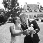 Das bezaubernde Hochzeitspaar Corinne und Simon