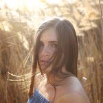 Model: Tamara Belcastro