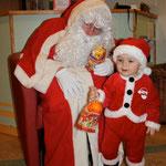 Mardi 18 décembre visite du (des) Père(s) Noël!