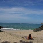 Ich geniese den Ausblick am Strand von Manzanillo...