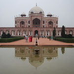 Humayuns Tomb erinnert schon ein wenig an das Taj Mahal.