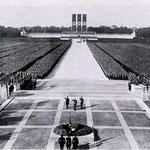 NOMBRE DE LA IMAGEN: The Nuremberg Rally. AUTOR: Desconocido. AÑO: 1934.
