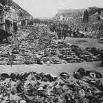 NOMBRE DE LA IMAGEN: Campo de concentración de Dachau. AUTOR: Anónimo. AÑO: 1945.