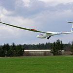 ASW28-18 sehr schön auch Ex-Vereinsflugzeug