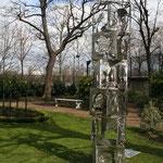Skulptur im Garten 2