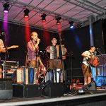 Brugger Buam mit Band