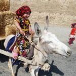 Kinder können alles - auch Esel lenken