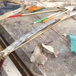 der Bogen wird aus Horn und nicht wie sonst üblich aus Holz oder modernerweise aus Glasfieber gebaut