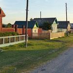 die typischen Dörfer am Strassenrand