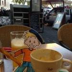 Flat Stanley at Café le Verdun