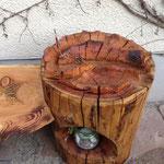 Forelle am Haken...leider ist das Holz stark gerissen und nachgedunkelt!
