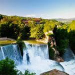 Das Wahrzeichen von Jajce: die Mini-Niagaras