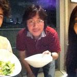 ルミエさん達と代官山で夕食中。
