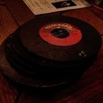 レコード盤型、メニュー