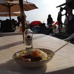 ロコモコ丼とモヒート、美味い!