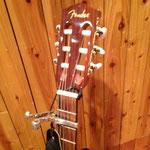 Fenderのアコースティック・ギター(ヘッド)