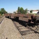 Le train roulait à 100 km/h et il a fallu près de 400 m. au conducteur pour le stopper