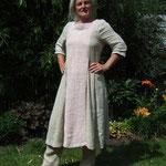Kleid mit Hose,  Material – Leinen, Bindung – Köper