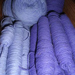 Spulen, bereit zum Verweben, Material – Wolle