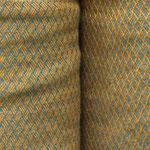 Stoffdetail offene Hose, beide Seiten jeweils eine andere Stoffseite