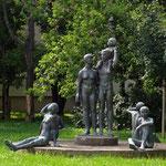 Statue an der Lumumbastraße / Ebendorfer Chaussee