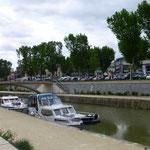 und der Canal de la Robine mit seinen Hausbooten