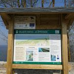 Informationstafeln am Weg zum Valaste Wasserfall