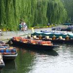 Zentraler Platz von Lübbenau ist der Kahnhafen