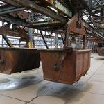 Über die Hängebahn-Wagen wurden die Hochöfen mit Rohstoffen befüllt