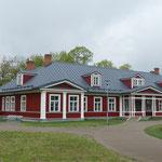 Ein repräsentativer Bau im Schlosshof