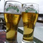 Mittagspause bei einem Bier und Moules Frites. Der Regen macht gerade Pause ;)