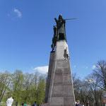 Hier steht auch die Gediminas-Statue - der Gründer der Stadt Vilnius