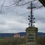"""Blick auf die Wallfahrtskirche """"Kleine Kappl"""" im Hintergrund"""