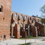 Die Ruinen des alten Domes
