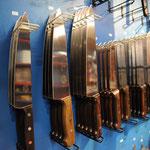 Auch Messer für Metzger und Köche können gekauft werden.