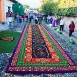 ....diese unglaublich schönen Teppiche sind dazu da....