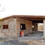 Die Sanitärgebäude des neuen Campgrounds im Rohbau