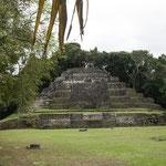 ....die Jaguarpyramide.....
