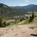 """Blick auf das winzige Squaw Valley . für die Spiele aus dem """"Boden gestampft"""""""