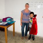 Leannes Schulzimmer mit einem ihrer Schüler....