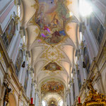 """.....hier das innere der Kirche """"Alter Peter"""""""